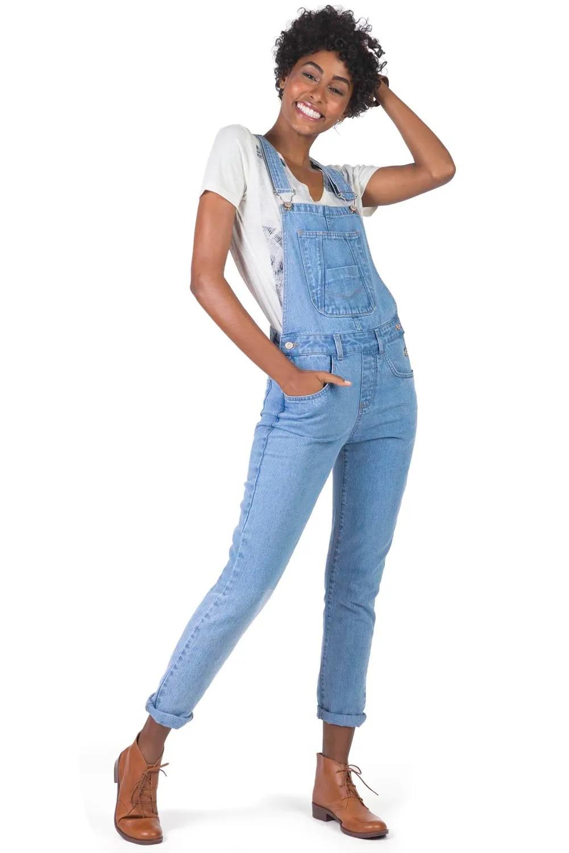 jardineira jeans como usar