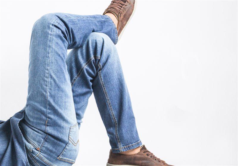 modelo de cal;a jeans